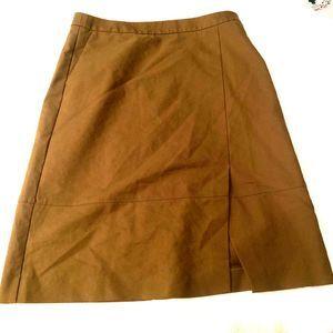 Halogen skirt sz 10 khaki side slit